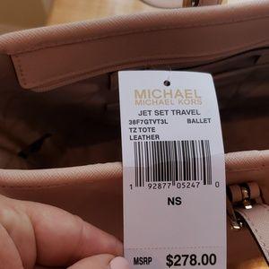 Michael Kors Bags - Michael Kors jet set travler